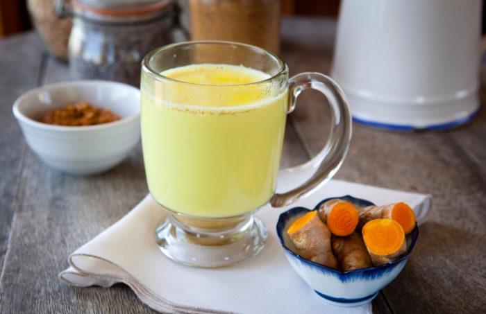 Golden milk - hälsomjölk med gurkmeja