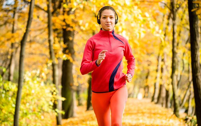 Aktivera hela kroppen i 10-15 minuter innan ett träningspass för bäst resultat.