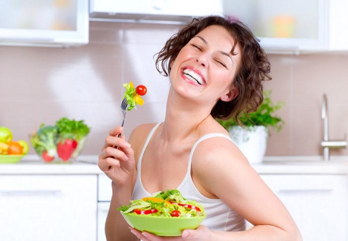 sallader-skrattande-kvinnor-010