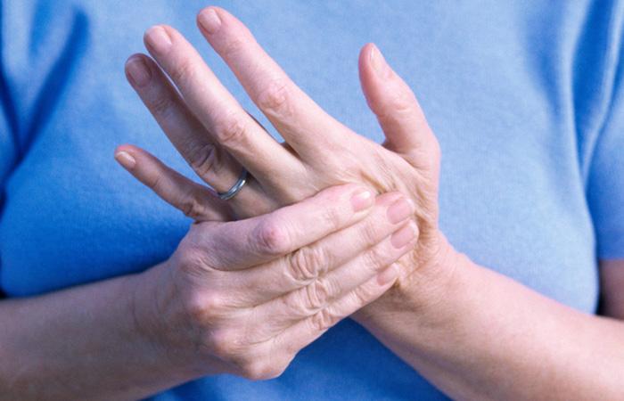 stickningar i händer och fötter stress