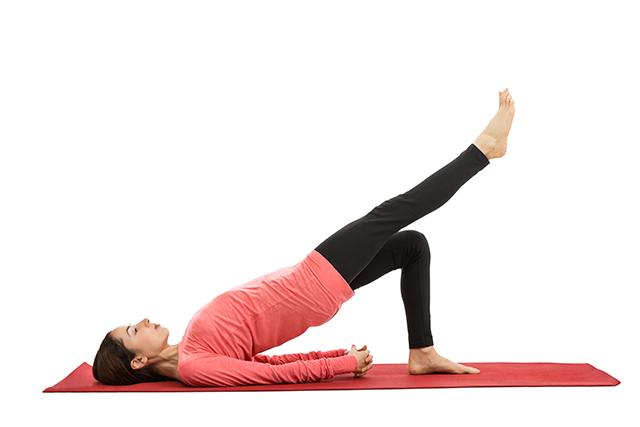 träna rygg utan redskap