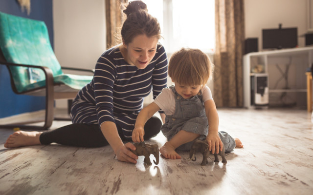 Få bort farlig kemikalier från barnrummet.