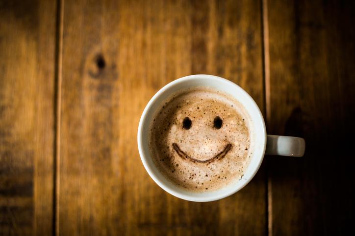 hur gör man koffeinfritt kaffe