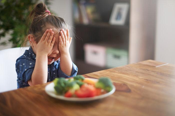 så hanterar du ett matvägrande barn.