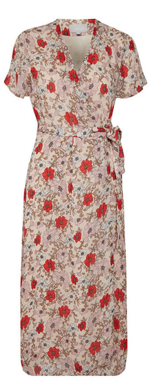 Tunn jacka kavaj i kort modell från Vila (reklamlänk via Awin.com)  ee9f7e0ced2ac