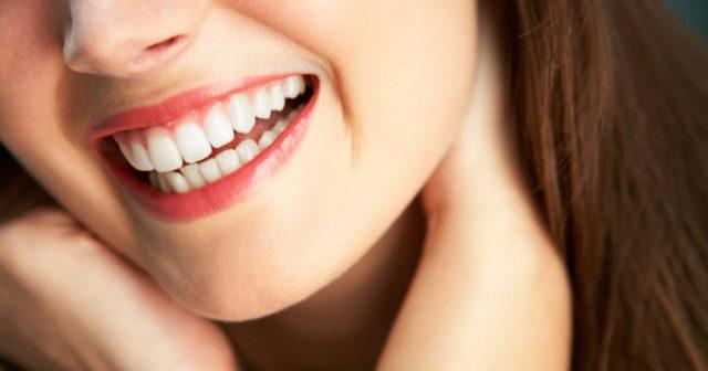 kokosolja vita tänder