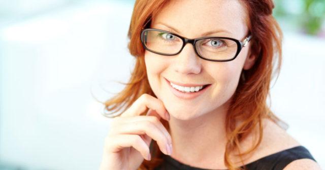 Stilexperten guidar  Så blir du snygg i glasögon!  6ba767e9b7a92
