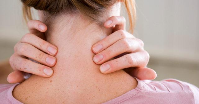 Experten  Därför får du ont i nacken när du tränar  4ebea238c9181