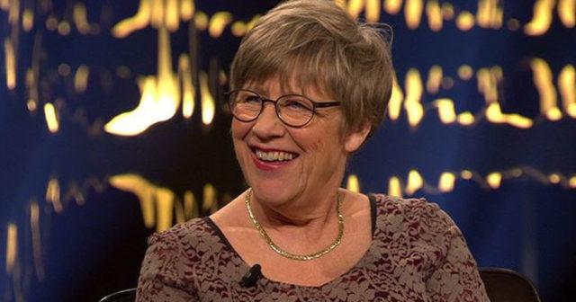Agnes Wold i nytt blåsväder: Okej att dricka under graviditet