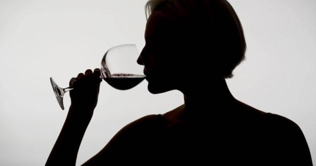 tecken på alkoholproblem