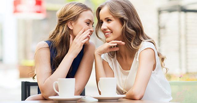 Att skvallra med vänner är bra för dig – enligt forskning
