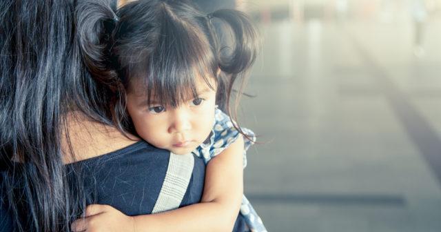 9 tecken på att ditt barn är högkänsligt