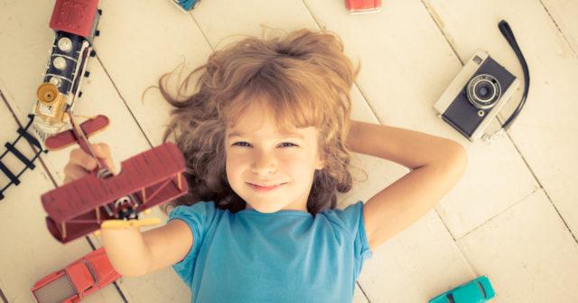 Ny studie: Barn blir mindre kreativa av för många leksaker