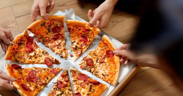 Studie: Du blir mer produktiv på jobbet – om du får pizza