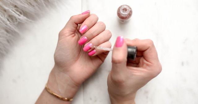 skalat av naglar på längden