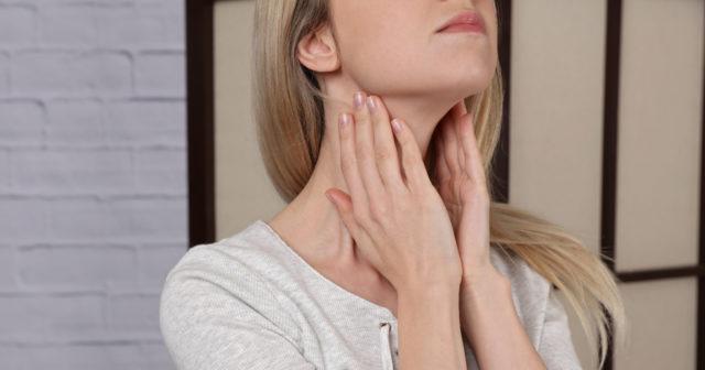 hashimotos sjukdom symtom