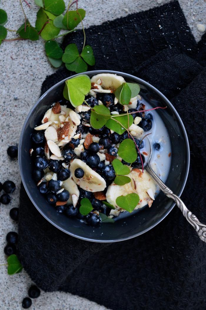 Blåbär havremjölk mandel banan
