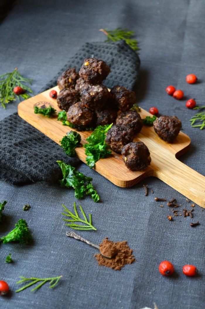 Köttbullar med nejlika och kryddpeppar