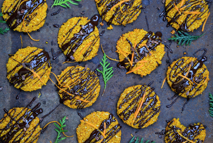 Kokoskakor Med Rawkakao och saffran
