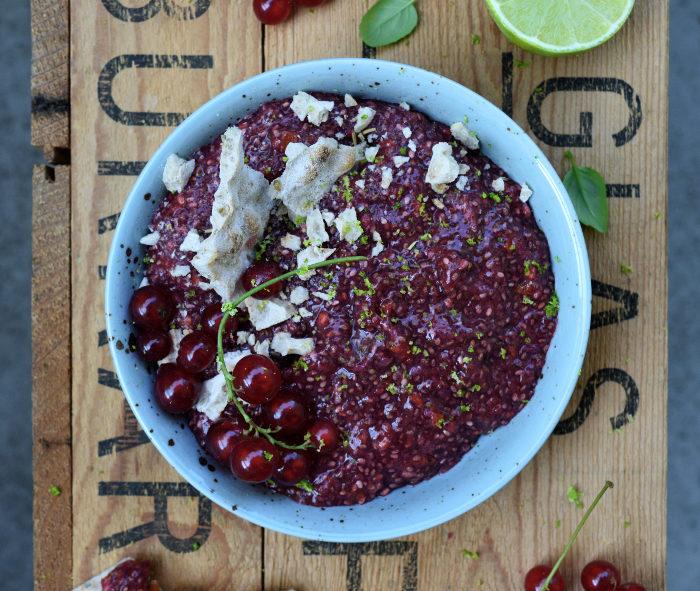 chiasylt med rödvinbär lime och sharon