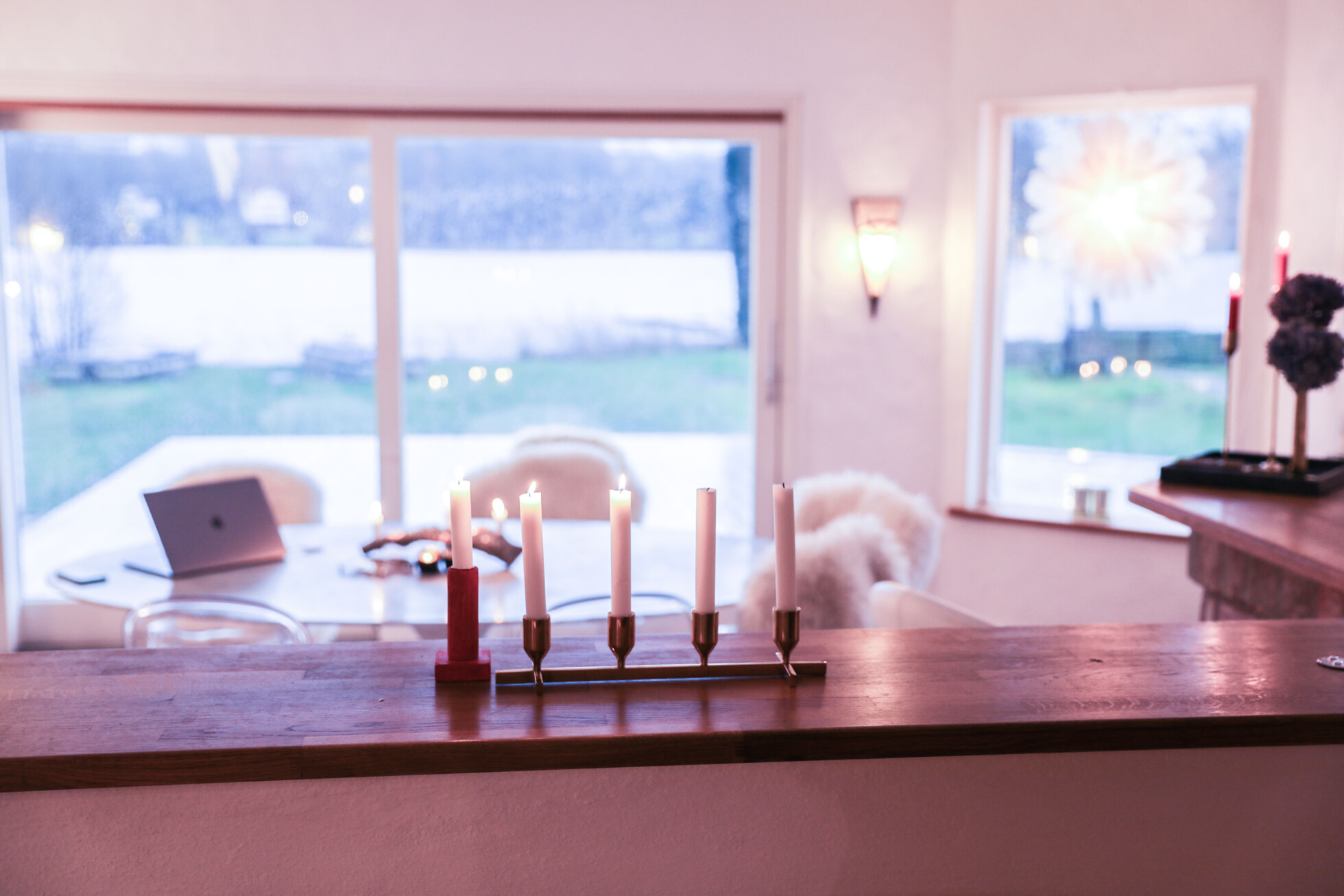 andra advent laila. Black Bedroom Furniture Sets. Home Design Ideas