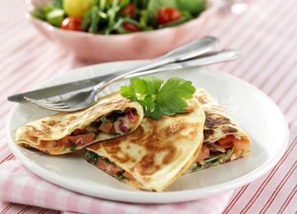 meny-1005-quesadilla-med-kryddstark korv