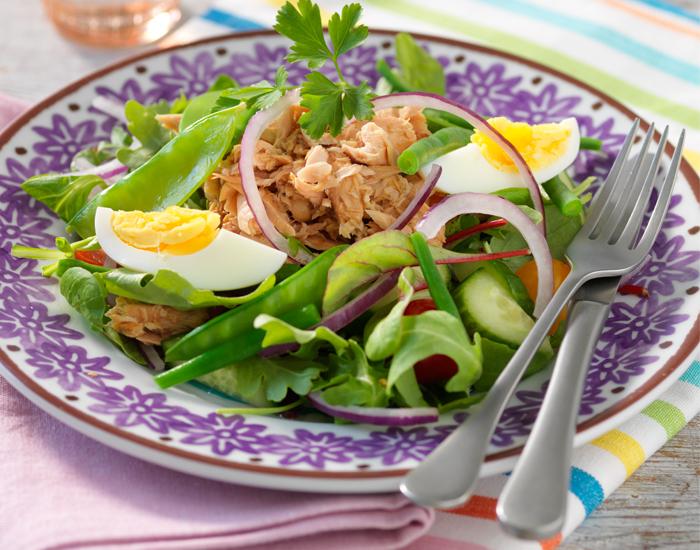 banta med ägg och tonfisk